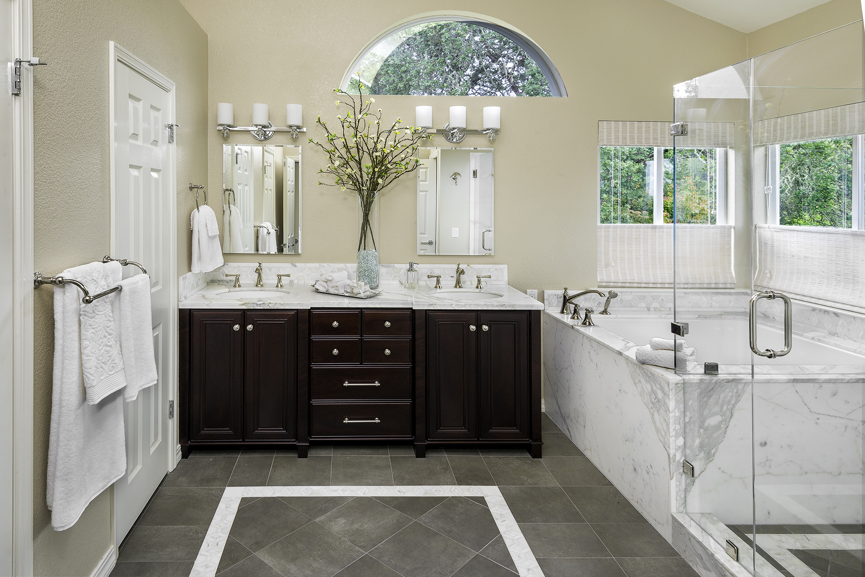 Interior Design Bathroom | Santa Rosa Interiors
